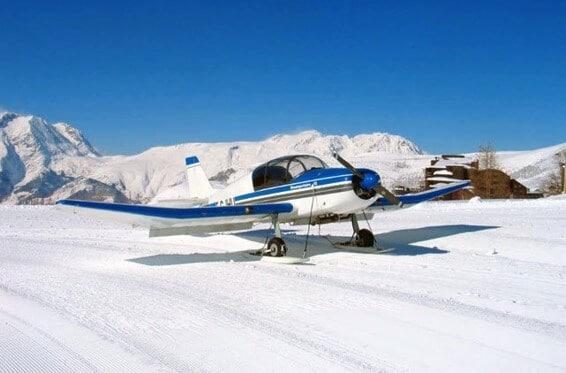 Volar y montañas escuela de aviadores